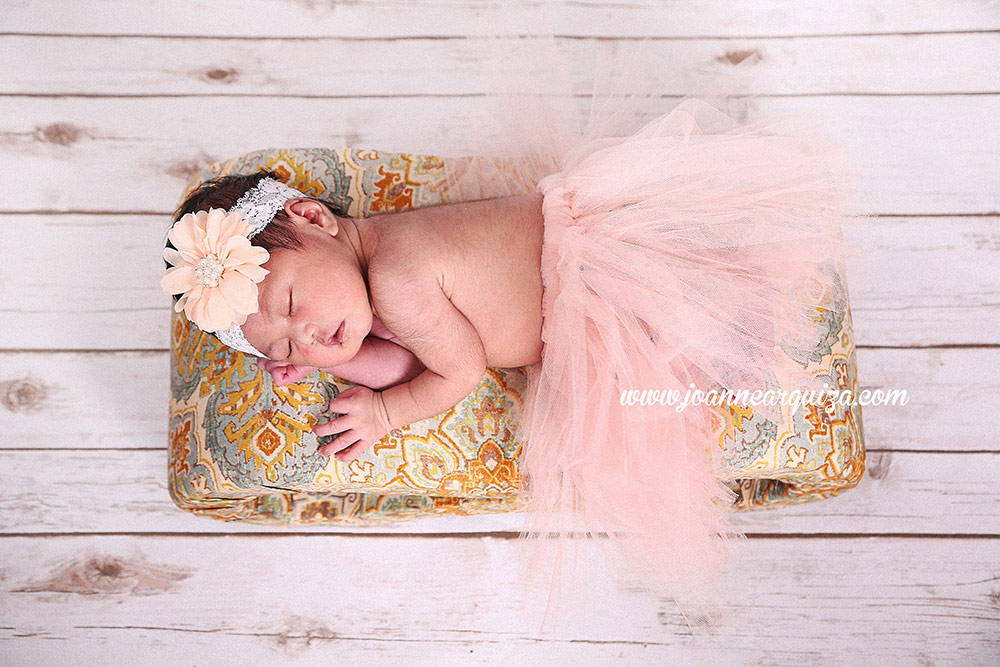Cavite newborn photographer joanne arquiza